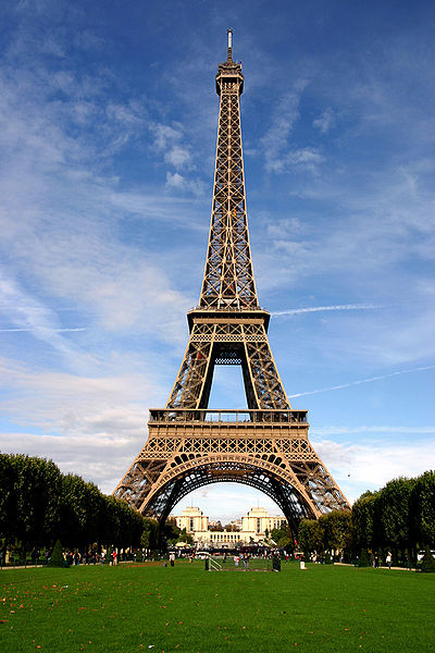 400px-Paris_06_Eiffelturm_4828